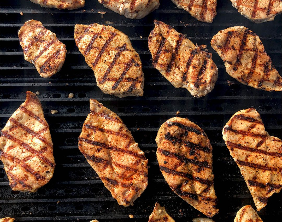 Quick and Easy Grilled Chicken Breasts | GrillGrate